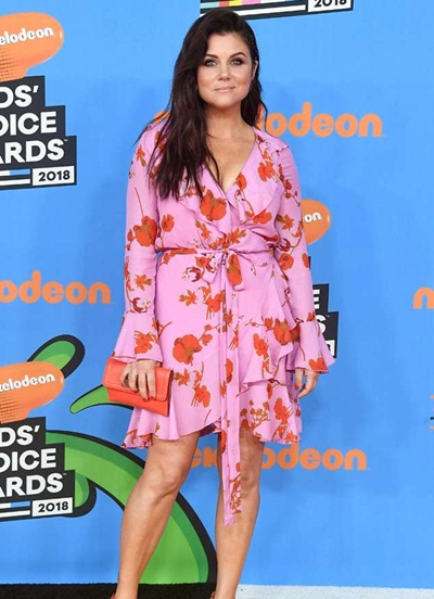 Tiffani Thiessen Height Weight Shoe Size