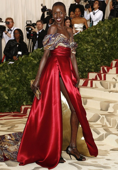 Alek Wek Height Weight Bra Size Body Measurements Age Facts Vital Stats