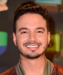 J Balvin Height Weight Body Measurements Shoe Size Age Stats Facts