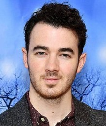 Kevin Jonas Measurements Height Weight Shoe Size Age Body Stats Facts