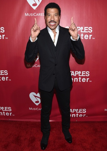 Lionel Richie Height Weight Facts
