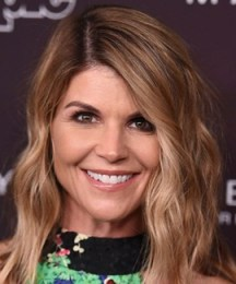 Lori Loughlin Height Weight Bra Size Body Measurements Facts Family