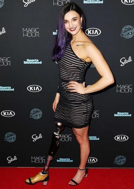 Brenna Huckaby Height Weight Bra Size