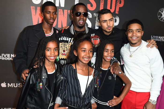 Diddy Poses With The 'Combs Cartel' - Check Out His Gorgeous Daughters And Handsome Sons!