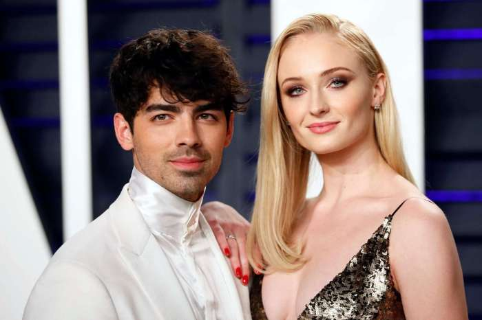 Sophie Turner Says She Thinks Joe Jonas Is Way Above Her League - Shares Their Sweet Love Story!