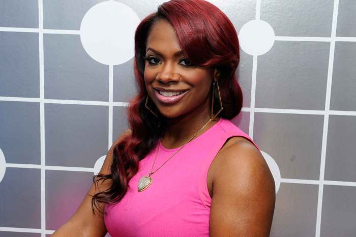 Kandi Burruss Shows Off Her Curvy Figure In This Two-Piece Outfit From Tags Boutique