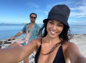 KUWTK: Kourtney Kardashian And Scott Disick Back Together After Exotic Private Island Getaway?