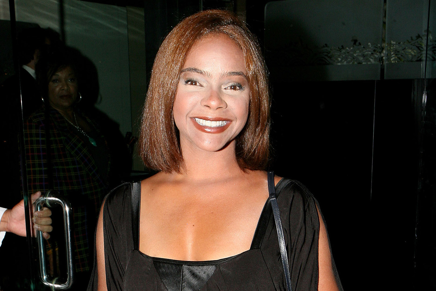 lark-voorhies-surprises-fans-by-announcing-shes-on-the-saved-by-the-bell-reboot