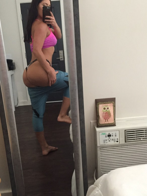 WWE-Maxine-Leaked-Fappening-68-thefappening.us