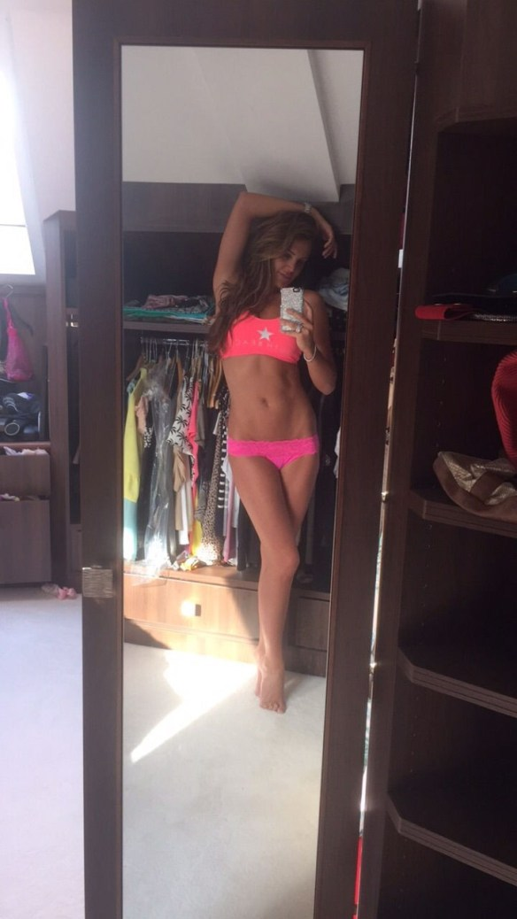 Danielle Lloyd Hacked Nude Photos and Sex Tapes Leaked The Fappening