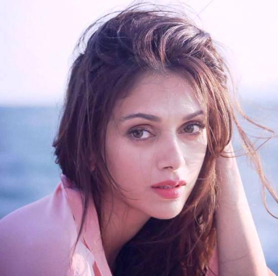 Aditi Rao Hydari Cute