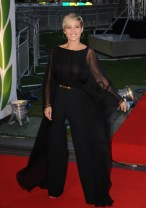 elsa_pataky_at_the_premiere_of_rush_in_london_10