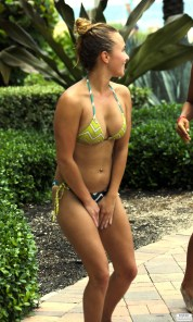 hayden_panettiere_bikini_candids_in_miami_beach_64