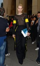 iggy_azalea_see_thru_blouse_at_the_maison_martin_margiela_fashion_show_in_paris_16