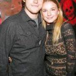Emily VanCamp and Chris Pratt image.
