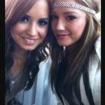 Demi Lovato with her sister Dallas