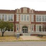 Hartley Elementary School in Lincoln, Nebraska school image.