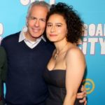 Ilana Glazer with his father Larry Glazer