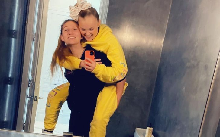 Who Is the former 'Dance Moms' star JoJo Siwa Dating Now? Everything about Her Girlfriend & Her Sexuality