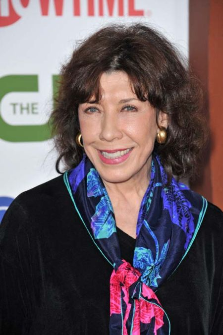 Lily Tomlin 81 years old (1)