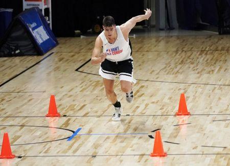 Luka Garza Workouts (1)