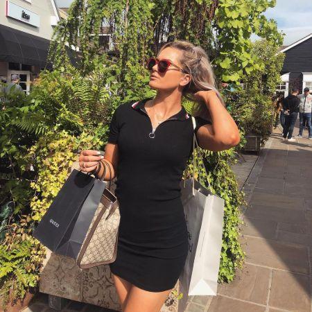 Annabel Dimmock Shopping