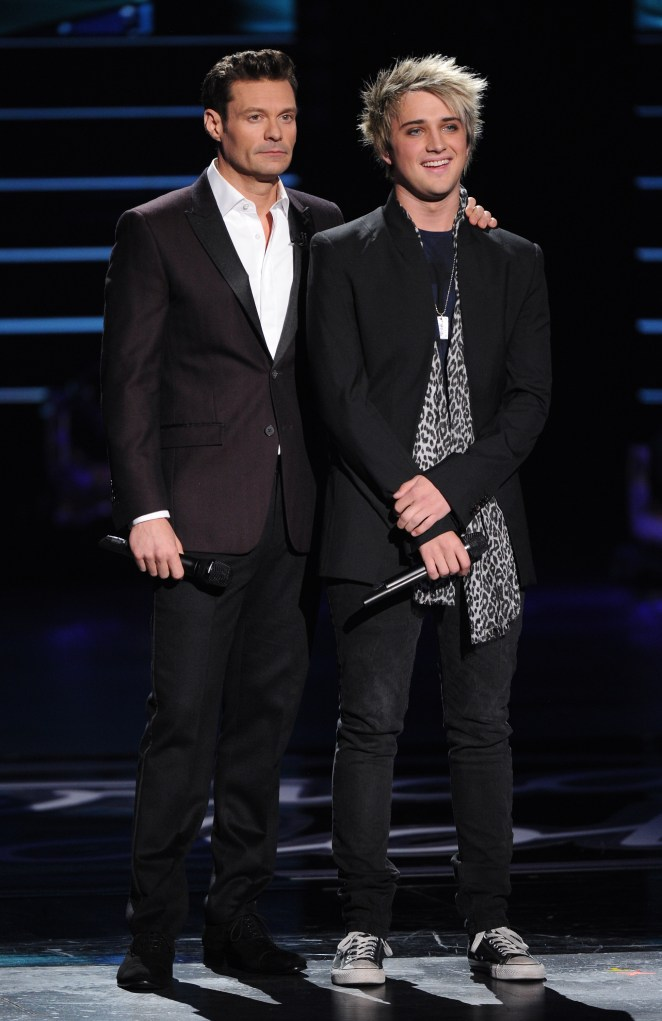 AMERICAN IDOL: Top 2 Revealed: L-R: Host Ryan Seacrest announces eliminated contestant Dalton Rapattoni on AMERICAN IDOL airing Wednesday, April 6 (8:00-9:00 PM ET/PT) on FOX. © 2016 FOX Broadcasting Co. Cr: Michael Becker/ FOX. This image is embargoed until Wednesday, April 6, 10:00PM PT / 12:00AM ET