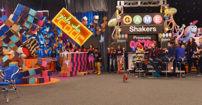 "Game Shakers EP# 124/125 ""Revenge @Tech Test"" Pictured: Double G (Kel Mitchell), Babe (Cree Cicchino), Kenzie (Madisyn Shipman), and Triple G (Benjamin Flores Jr.) in Game Shakers on Nickelodeon. Photo Credit: Lisa Rose/Nickelodeon. ©2015 Viacom International,Inc. All Rights Reserved."