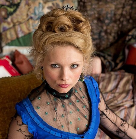MyAnna Buring looking awesome on 'Ripper Street'.