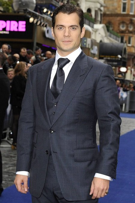 Henry Cavill Sexiest Man by Glamour Magazine UK.