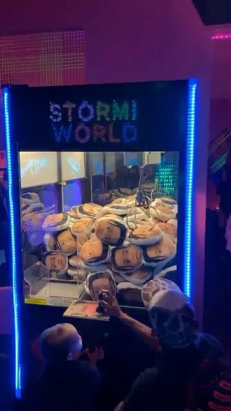 StormiWorld Crane game.
