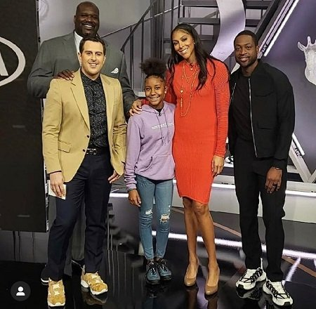 Jalaiah Harmon centered at NBA on TNT with Dr. Shaq, Adam Lefkoe, Candace Parker and Dwyane Wade.