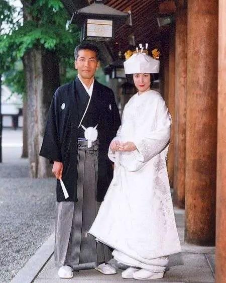 Hiro Kanagawa exchanged vows with his wife Tasha Faye Evans in 2004.
