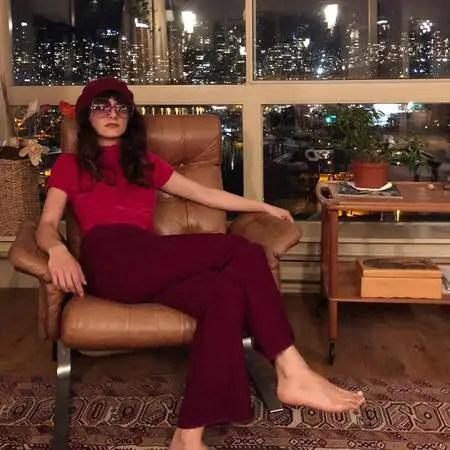 Snowpiercer Zarah actress Sheila Vand net worth is estimated to be $2.5 million.