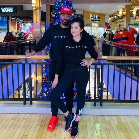 Michele Weaver carries a blissful relationship with her boyfriend and soon-to-be husband; When is she getting married?