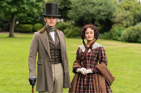 Ella Purnell plays Lady Maria Grey in Belgravia, the love interest of Charles Pope, played by Jack Bardoe.