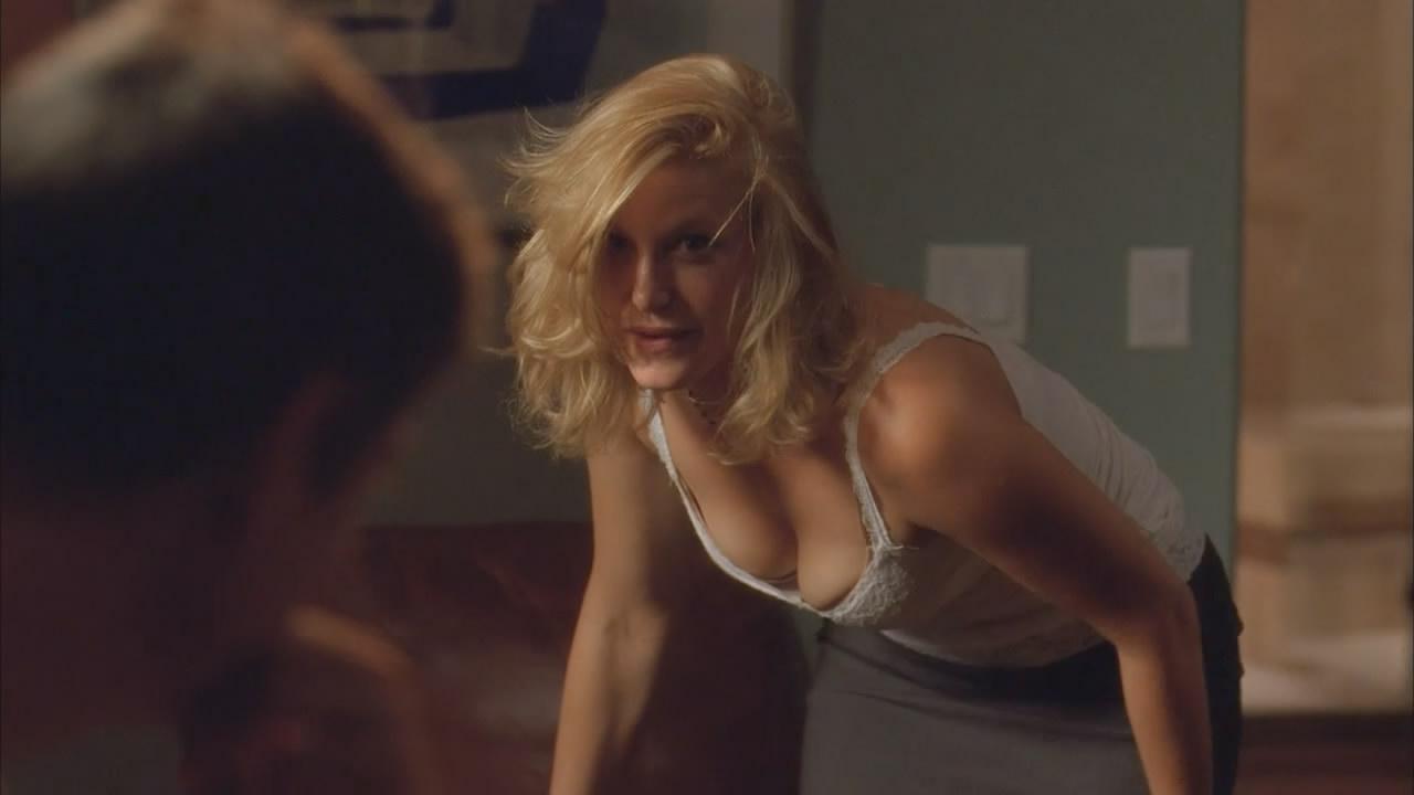 gunn nude Stephanie