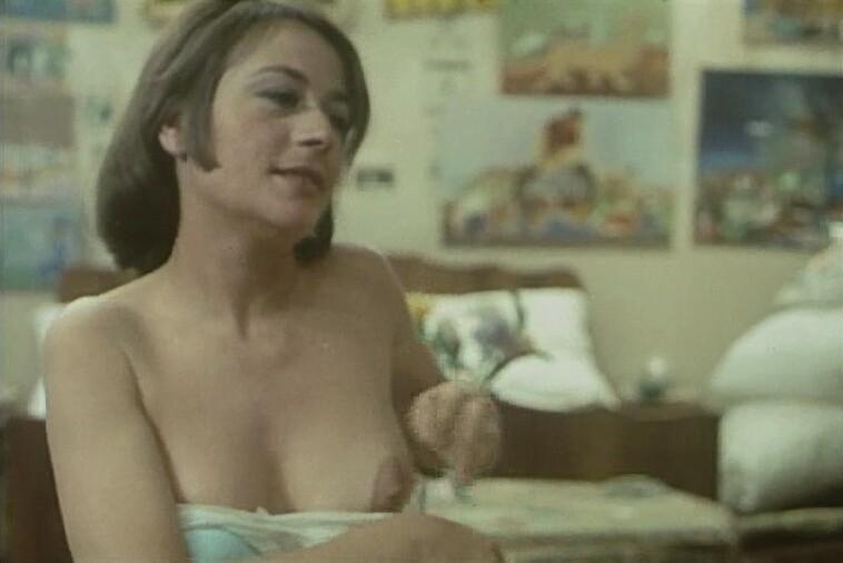Annie Girardot Nude 3