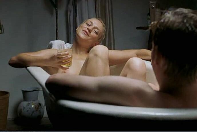 Billie piper fake nude