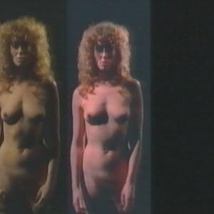 Crowley nackt Suzan  Suzan Crowley
