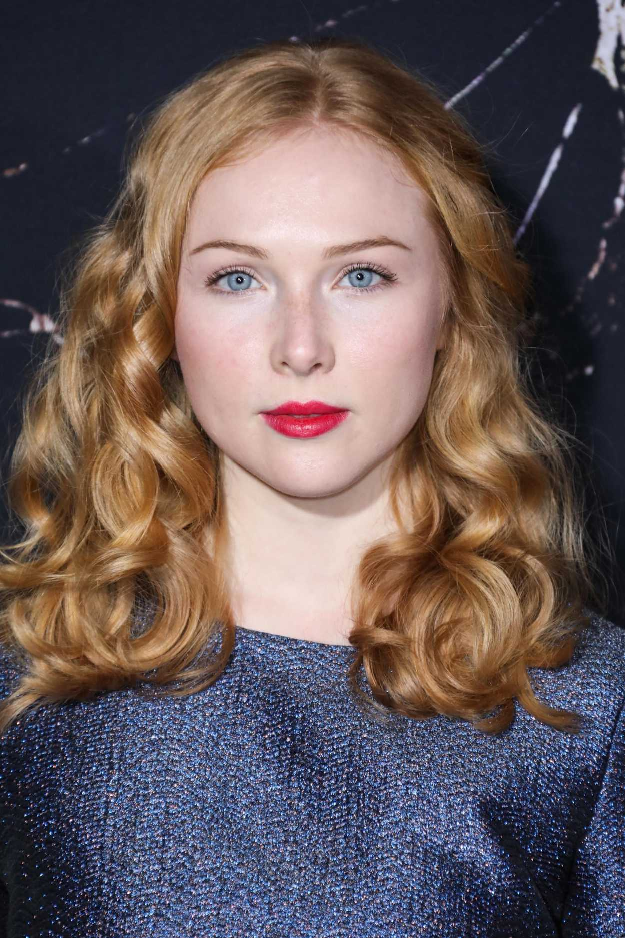 Molly Quinn Attends The Doctor Sleep Premiere In Los