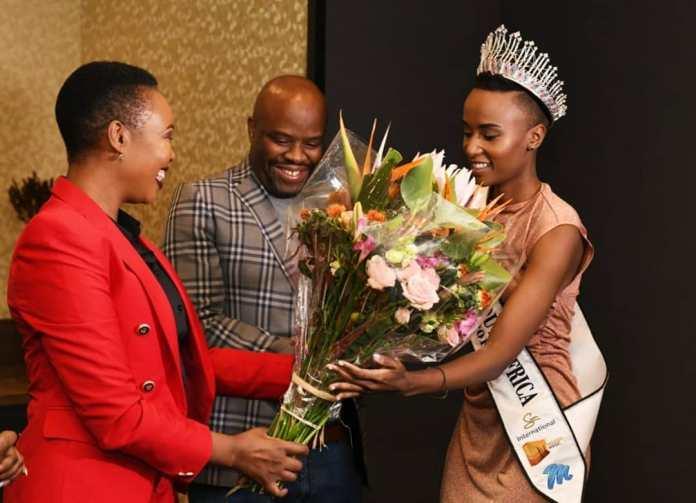 Miss SA Zozibini Tunzi's natural crown sparks a hair-raising debate