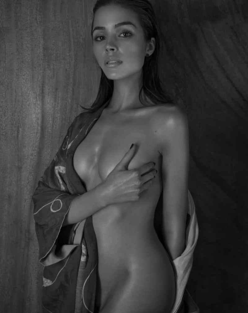 Olivia Culpo Naked (2)