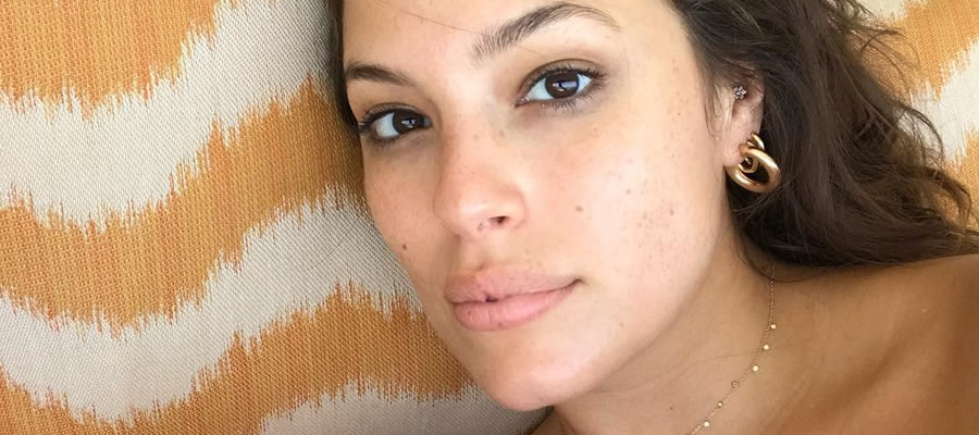 Watch Online | Ashley Graham NSFW Photos & Videos — Full Collection!