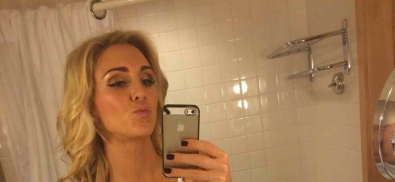 Watch Online | Charlotte Flair Nude Leaked Pics, Topless Photoshoot & Videos