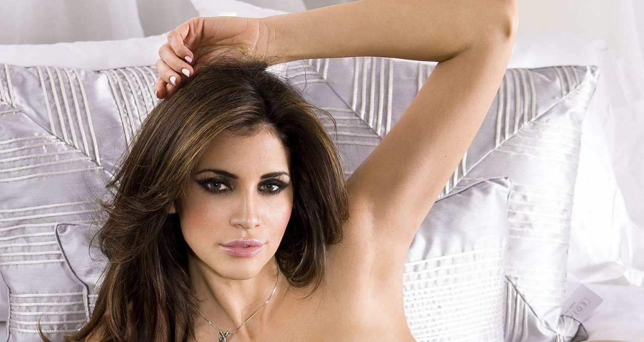 Watch Online   Hope Dworaczyk Nude Pics — Pussy For a Billionaire