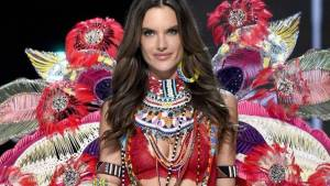 Alessandra Ambrosio Height, Weight, Age, Wiki, Biography, Net Worth, Facts