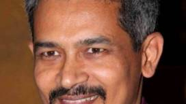 Atul Kulkarni Biography, Age, Height, Wiki, Wife, Family, Salary, Profile