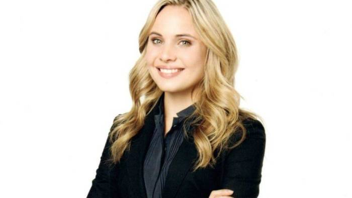 Leah Pipes Height, Weight, Age, Wiki, Biography, Net Worth, Facts