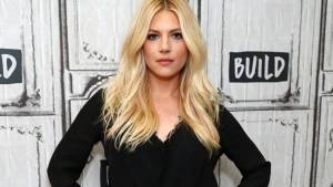 Katheryn Winnick Height, Weight, Age, Wiki, Biography, Net Worth, Facts